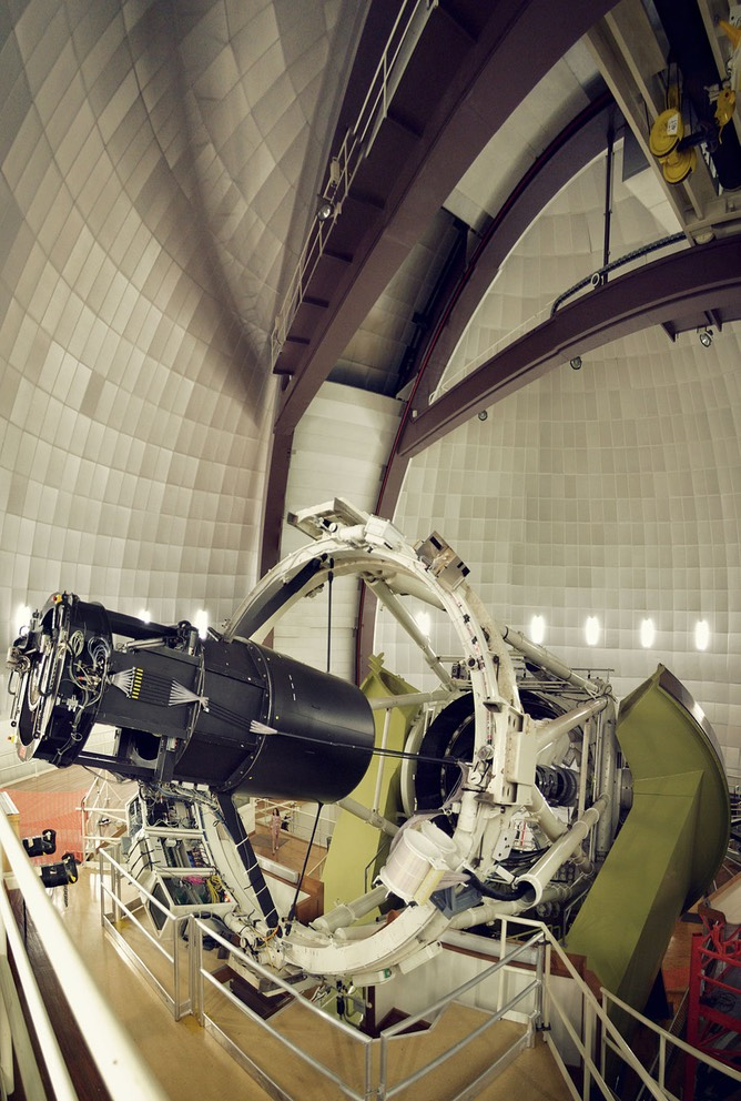 Anglo-Australian_telescope_at_Siding_Springs_Observatory